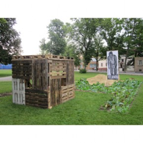 "Archiv 2010: ""The Hunger Garden I"" Weingarten"